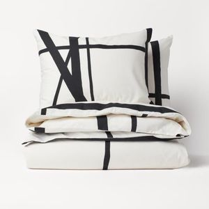 New H & M king|queen black/white duvet cover set.
